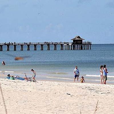 Naples  Pier  Harolds Place Naples